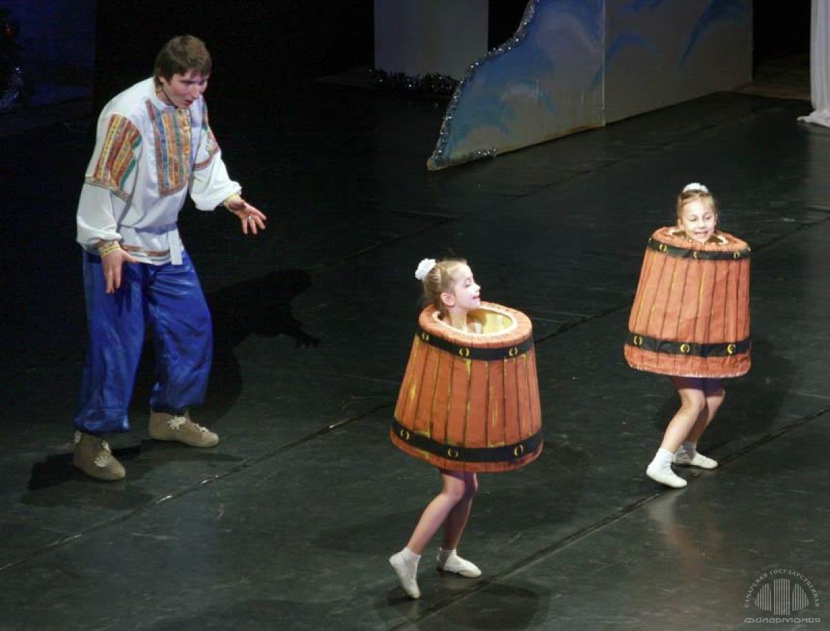 spektakl-po-shuchemu-veleniyu